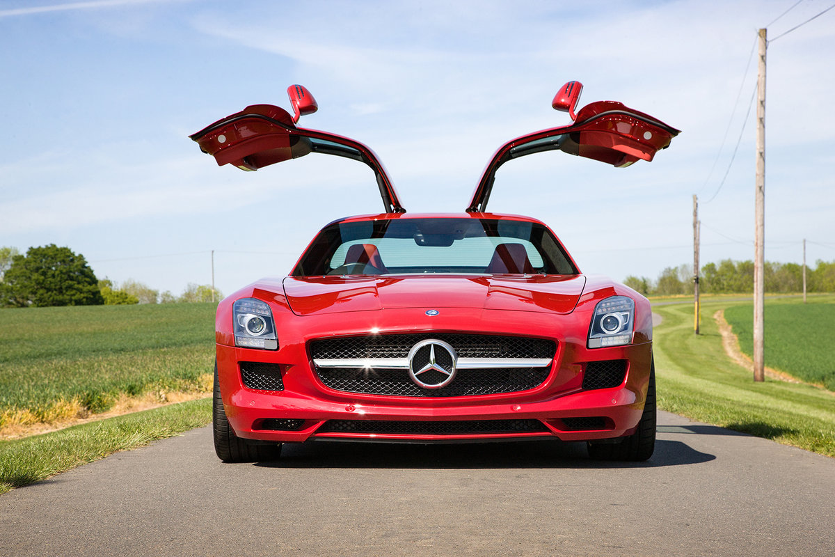 2010 Mercedes-Benz SLS AMG SOLD by Auction (picture 4 of 6)