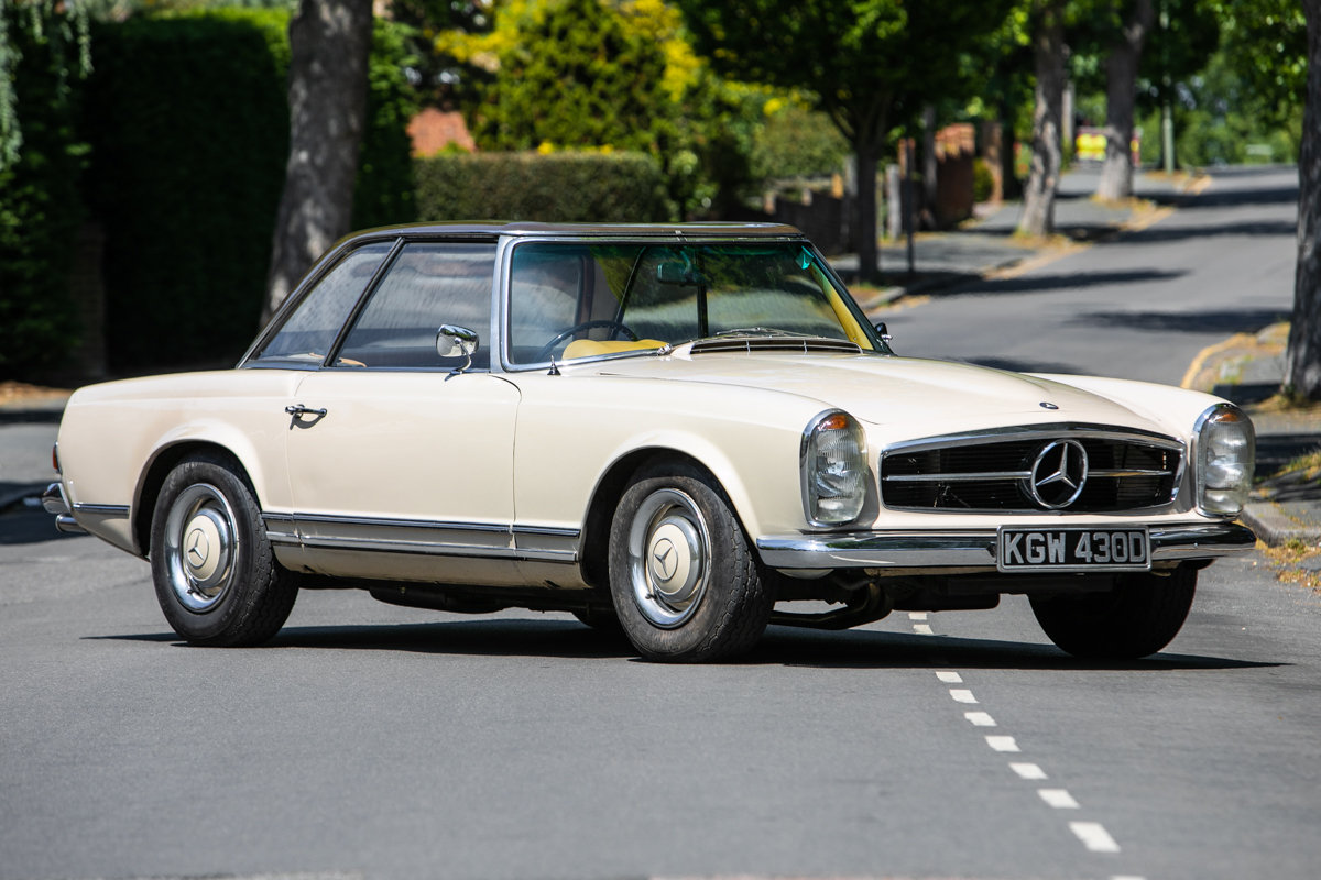 1966 Mercedes-Benz 230 SL Pagoda SOLD by Auction (picture 3 of 6)