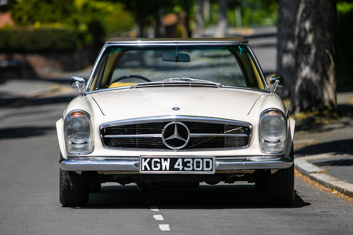 1966 Mercedes-Benz 230 SL Pagoda SOLD by Auction (picture 4 of 6)