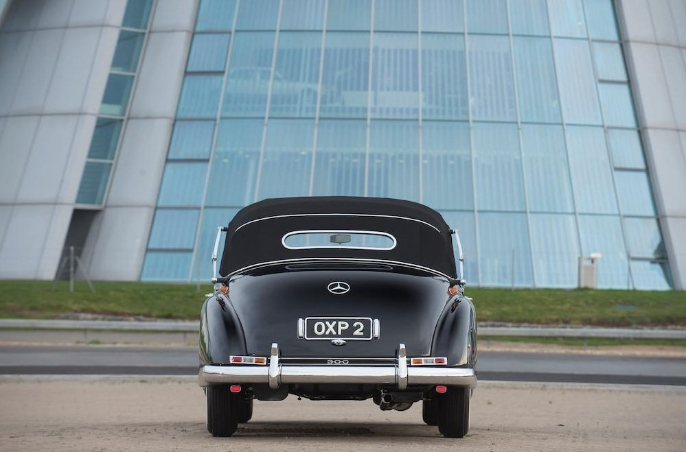 1954 1953 Mercedes-Benz 300b Cabriolet D SOLD by Auction (picture 2 of 6)