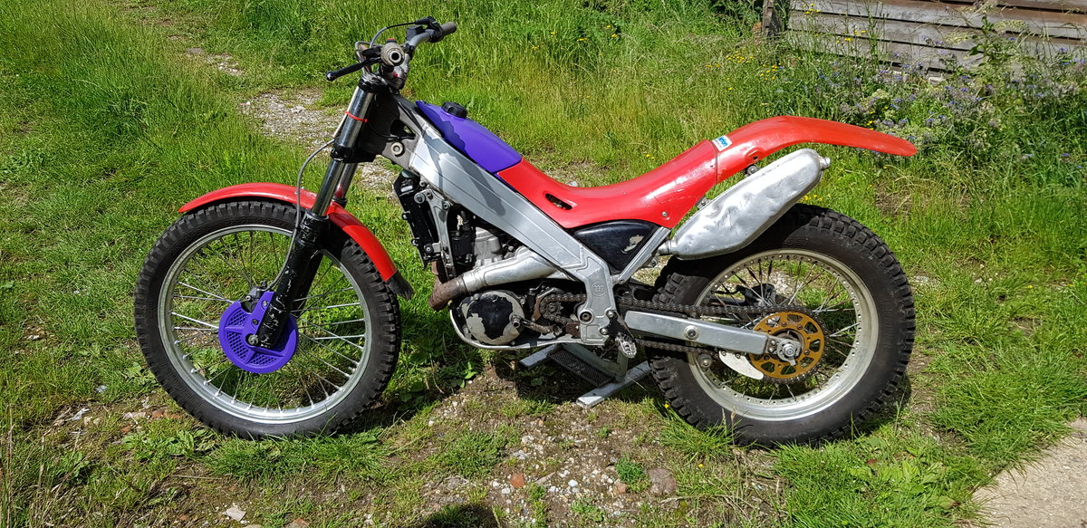 1994 Trials bike - Montesa 250 For Sale (picture 2 of 5)