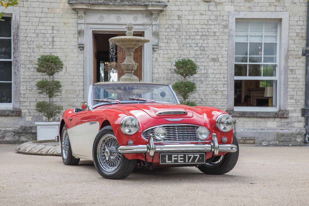 AUSTIN HEALEY 100/6 | FULLY RESTORED, UK RHD & UPGRADED SOLD (picture 1 of 6)