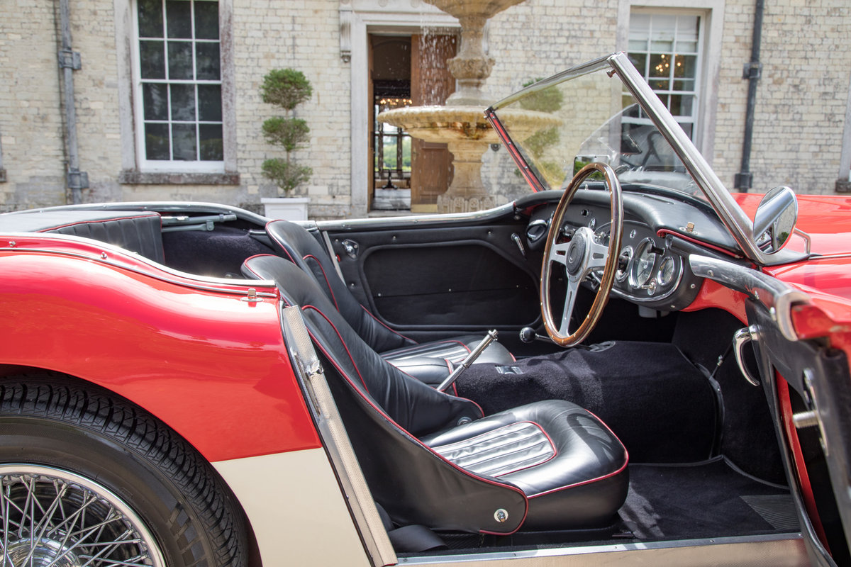 AUSTIN HEALEY 100/6 | FULLY RESTORED, UK RHD & UPGRADED SOLD (picture 6 of 6)