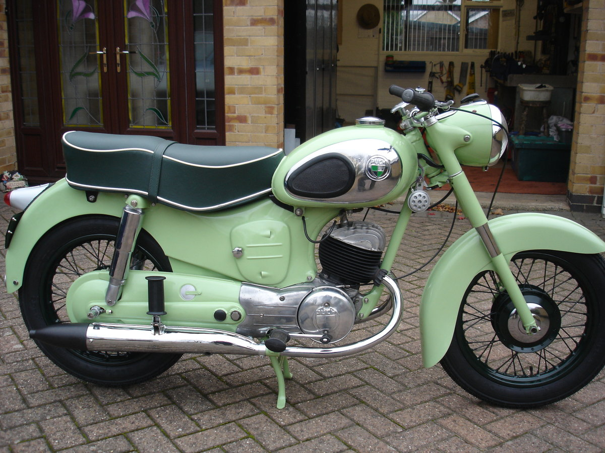 1957 Puch 175 S.V Austrian Motorcycle SOLD (picture 2 of 4)