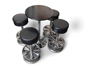 Niche Bahn Wheel Stools and Table For Sale by Auction