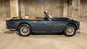 1964 Triumph TR-4 Roadster 20k miles Go Green(~)Tan $24.9k   For Sale