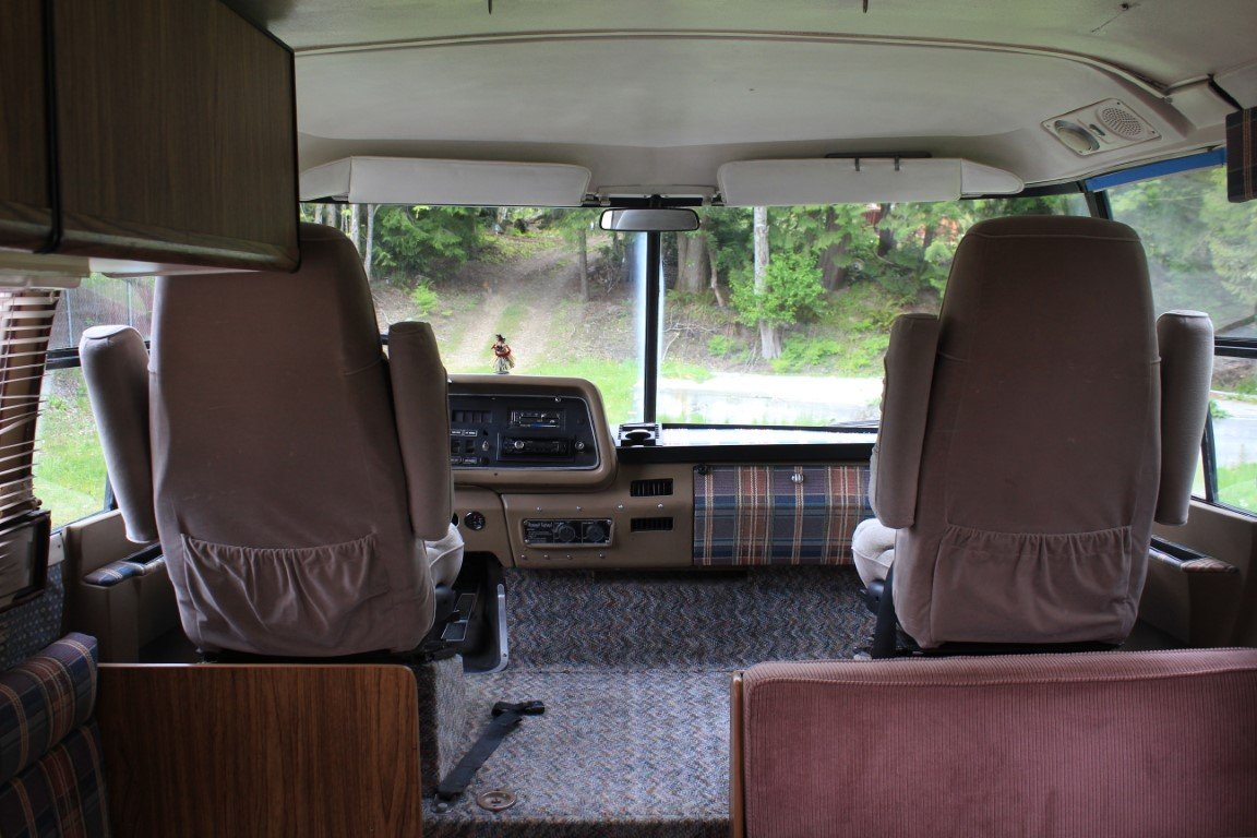 1973 GMC Eleganza RV Class A - Lot 626 For Sale by Auction (picture 4 of 6)