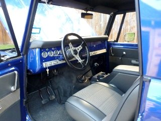 1970 International Harvester Scout = Restored Manual $46.5k For Sale (picture 4 of 6)