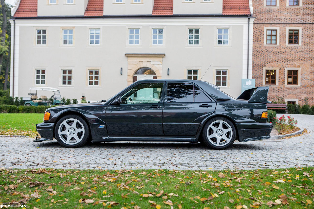 1990 Mercedes 190 E 2.5 16V Evolution II For Sale by Auction (picture 3 of 4)