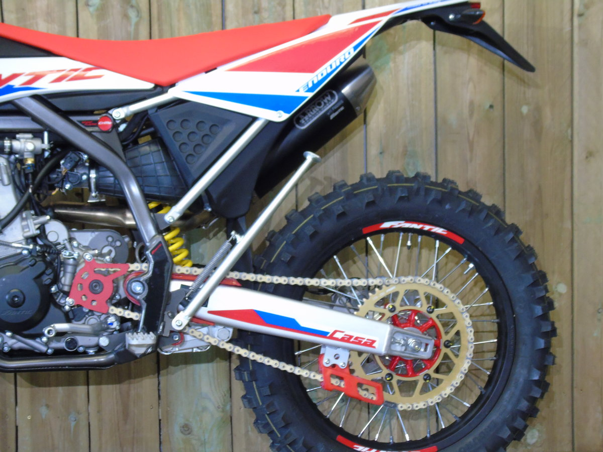 2020 Fantic Casa 250 Enduro EFi Brand New 0% Finance UK Delivery For Sale (picture 6 of 6)
