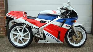 Honda VFR 400 R NC30 1990-G **UK BIKE,LOW MILES**
