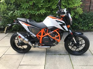 2014 KTM Duke 690R, 6290m, With Extras, Exceptional  SOLD