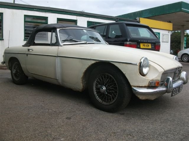 1966 MGB Roadster project, 3 owners, original car! SOLD (picture 5 of 6)