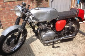1963 TRIUMPH 3TA BASED CAFE RACER