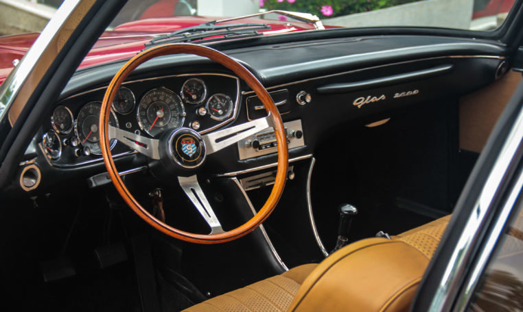 1967 Exceptionnal rare GLAS 2600 V8 Coupé For Sale (picture 3 of 6)