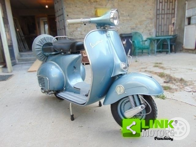 Piaggio Vespa VBB, anno 1961, completamente restaurata, isc For Sale (picture 2 of 6)