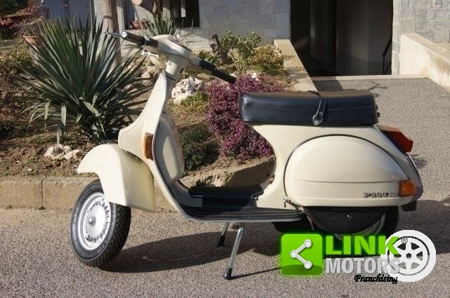 1981 vespa pe 200 miscelazione separata restauro totale For Sale (picture 1 of 6)