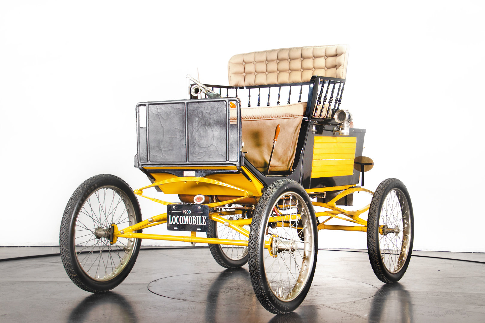 LOCOMOBILE RUNABOUT (1900) For Sale (picture 1 of 6)