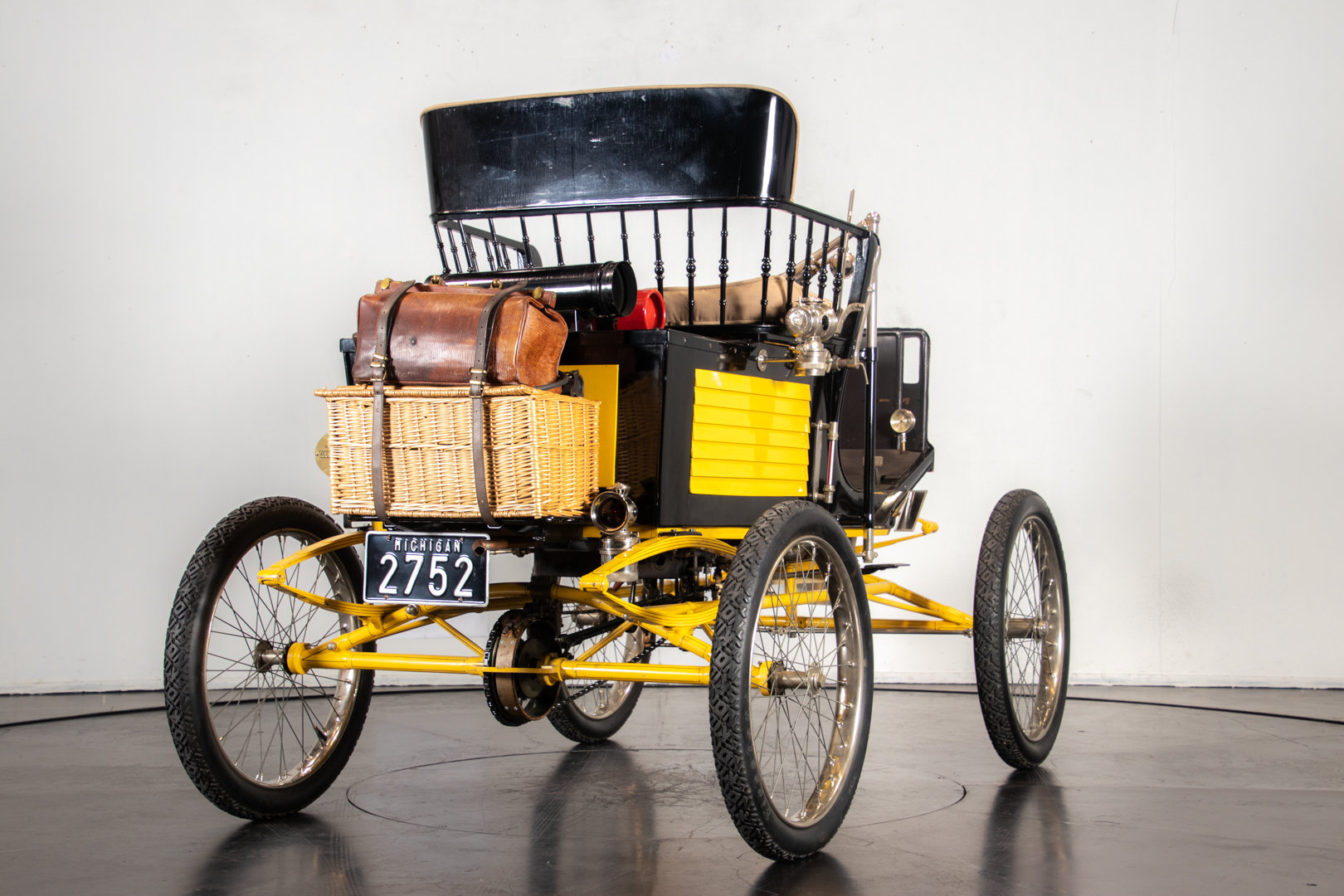 LOCOMOBILE RUNABOUT (1900) For Sale (picture 3 of 6)