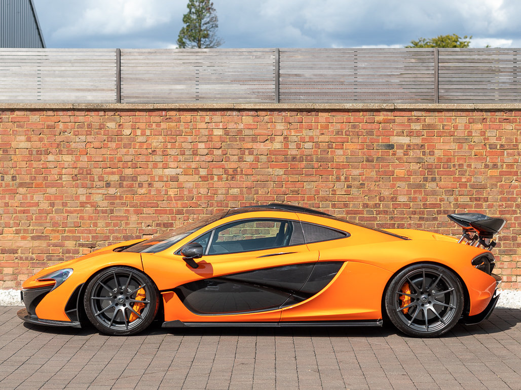 2015 McLaren P1 - Delivery Mileage For Sale (picture 2 of 24)