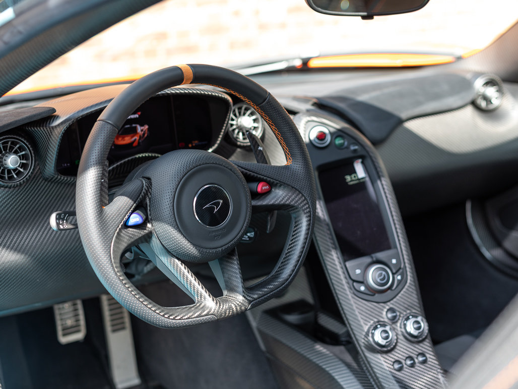 2015 McLaren P1 - Delivery Mileage For Sale (picture 4 of 24)