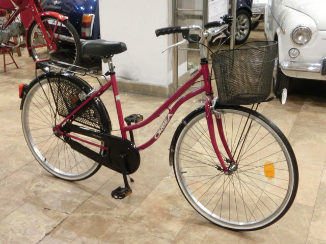 BICYCLE ORBEA CHARLESTON - 1990 For Sale (picture 1 of 6)