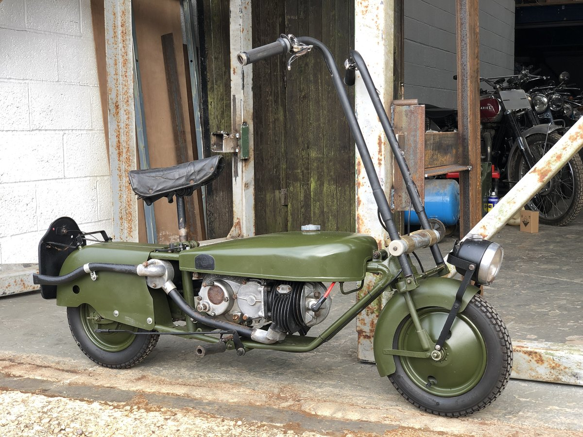 Brockhouse Corgi in Green 1949 98cc For Sale (picture 1 of 6)