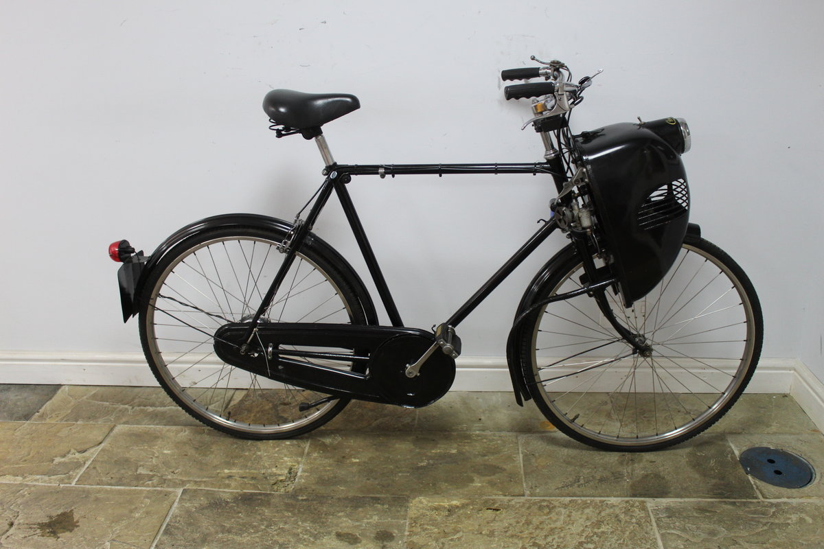 1952 Cymoto On A Period Raleigh Sports Tourist Bicycle   SOLD (picture 1 of 5)
