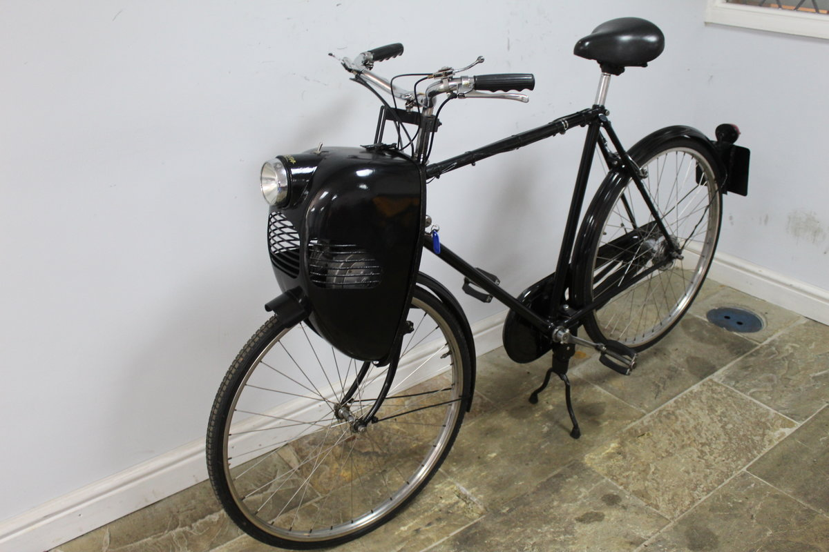 1952 Cymoto On A Period Raleigh Sports Tourist Bicycle   SOLD (picture 5 of 5)