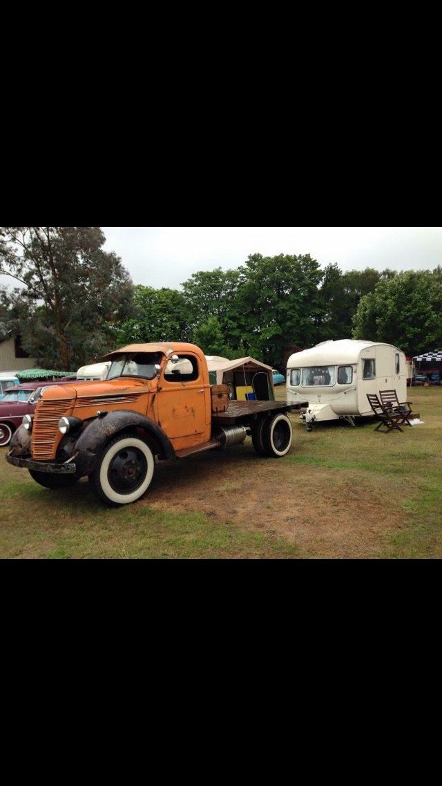 1940 Int Harvester Cool truck, natural patina, head tur For Sale (picture 3 of 6)