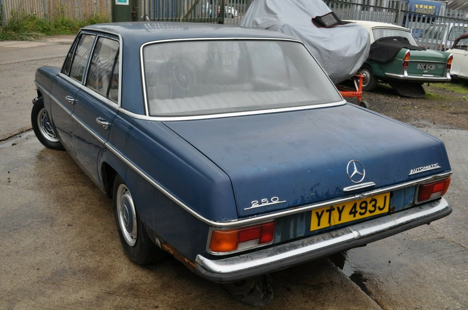 1971 MERCEDES BENZ 250 AUTOMATIC W114 60K MILES RESTORATION  For Sale (picture 2 of 6)