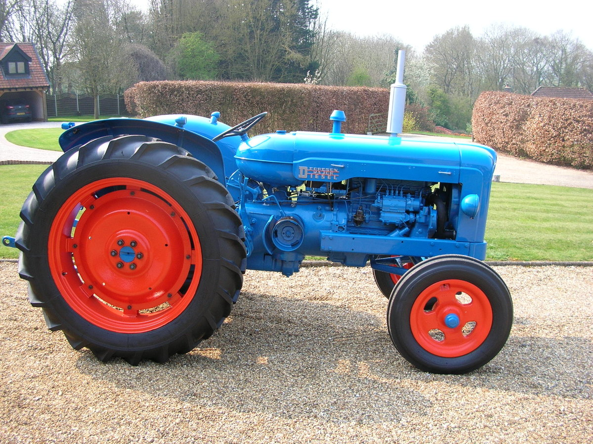 1955 Fordson Major Diesel SOLD (picture 1 of 5)