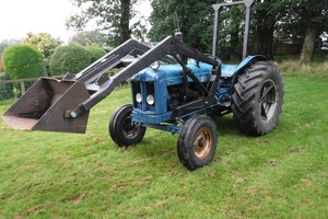 1958 FORDSON MAJOR ALL WORKING LOADER TRACTOR CAN DELIVER SEE VID SOLD