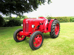C.1949 DAVID BROWN VAK1 CROPMASTER TRACTOR For Sale by Auction