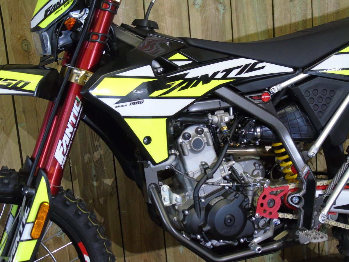 2020 Fantic Casa 250 Enduro EFi Brand New 0% Finance For Sale (picture 4 of 6)