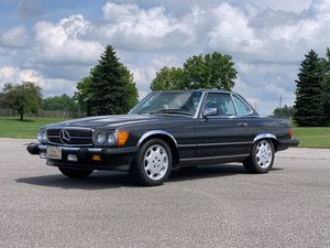 1987 Mercedes-Benz 560 SL  For Sale by Auction