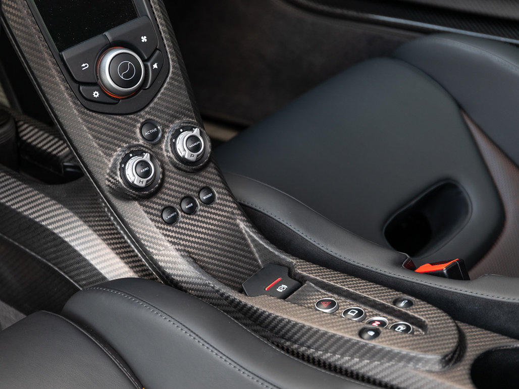 2015 McLaren P1 - Delivery Mileage For Sale (picture 9 of 24)