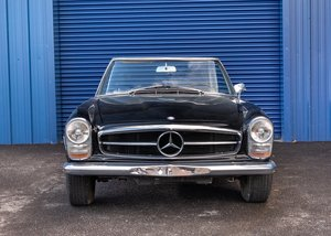 1967 Mercedes-Benz 250 SL Pagoda SOLD by Auction