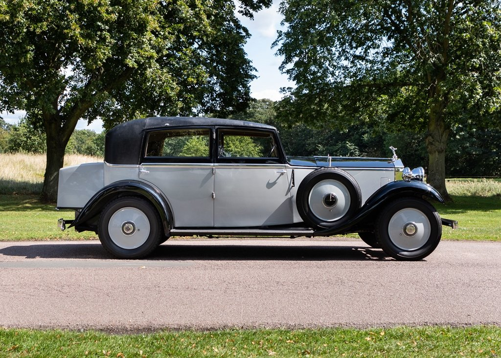 1933 Rolls-Royce 2025 Saloon by Lancefield SOLD by Auction (picture 2 of 6)