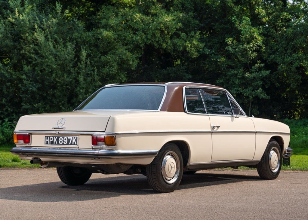 1971 Mercedes-Benz 250 CE (W114) SOLD by Auction (picture 2 of 6)