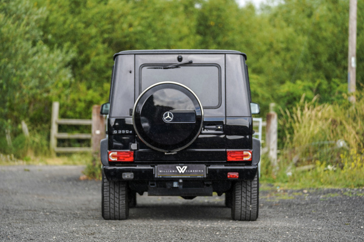 2017 Mercedes-Benz G Wagon 3.0 G350 Night Edition G-Tronic 4WD SOLD (picture 6 of 6)