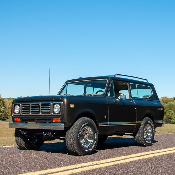 1976 International Scout Scout II 4x4 345 CID V-8  $25.9k For Sale (picture 1 of 4)