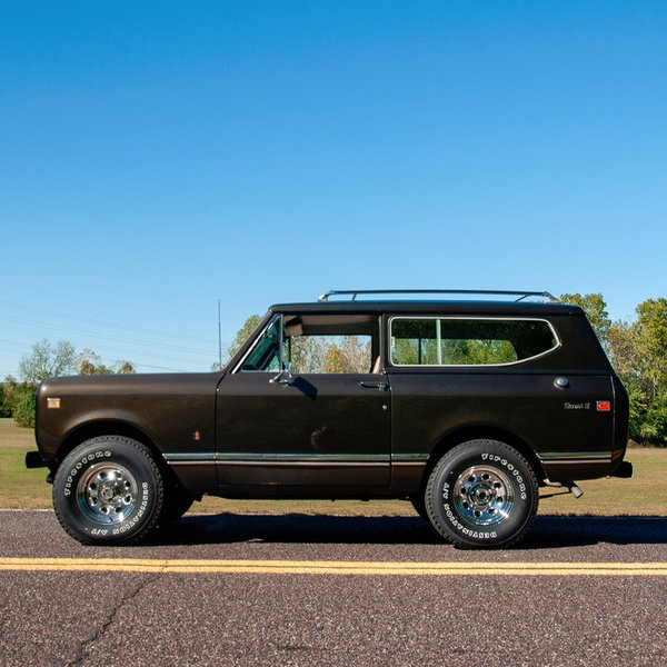 1976 International Scout Scout II 4x4 345 CID V-8  $25.9k For Sale (picture 2 of 4)