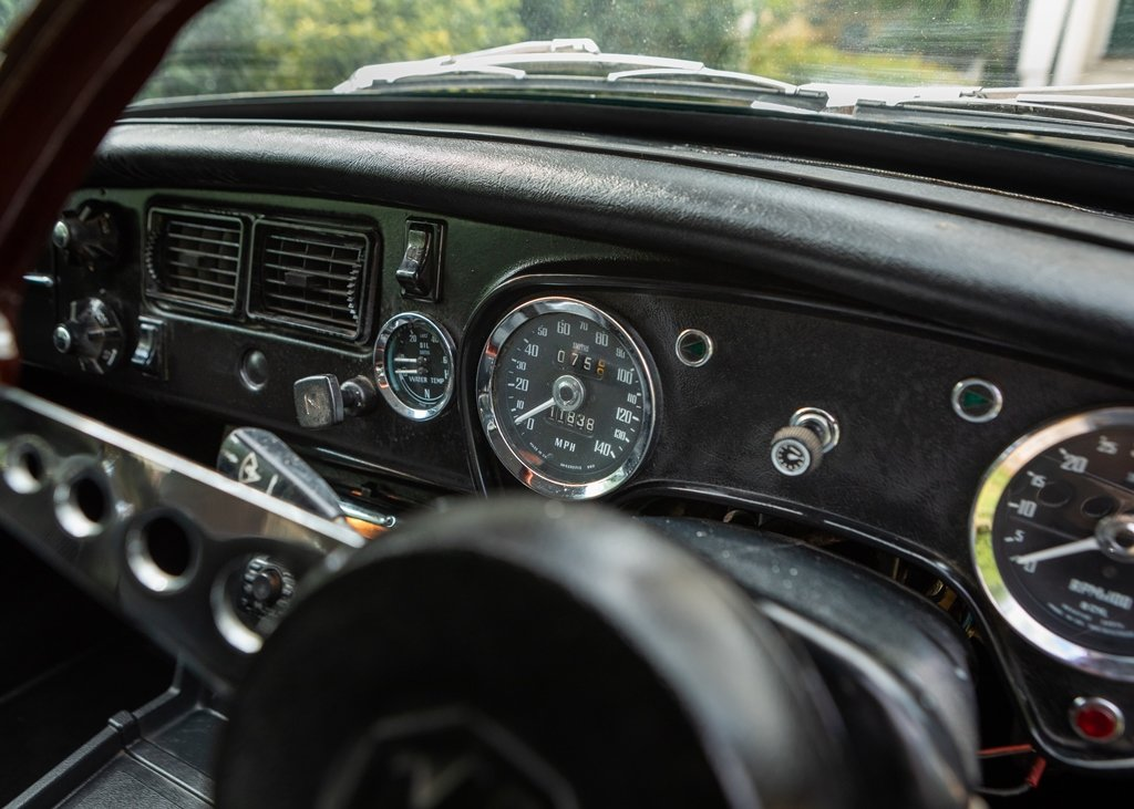 1974 MGB GT V8 SOLD by Auction (picture 6 of 6)