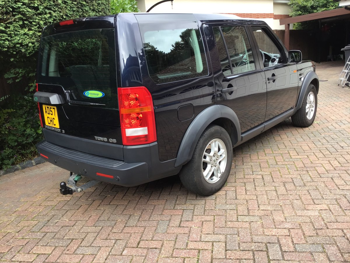 2007 Land Rover Discovery TDV6 GS-A Estate For Sale (picture 2 of 6)