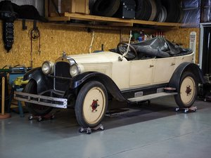 1925 Willys-Knight Model 65 Five-Passenger Touring  For Sale by Auction