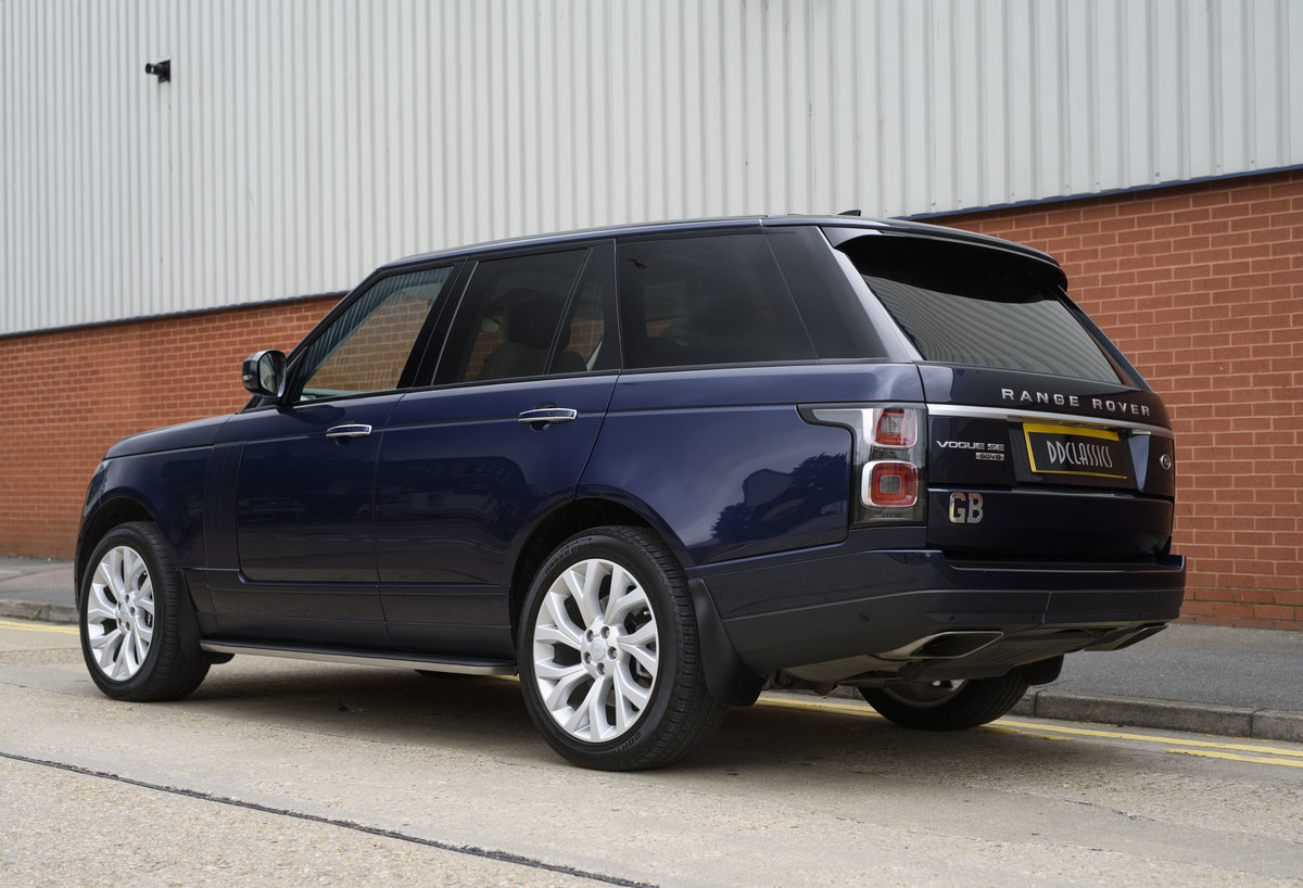 2018 Range Rover Vogue SE SDV8 4.4l (RHD) For Sale (picture 4 of 24)