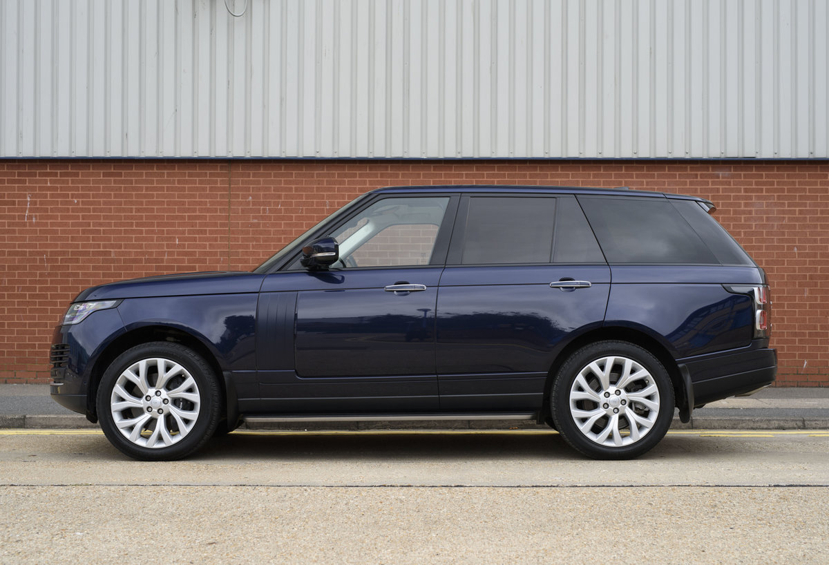 2018 Range Rover Vogue SE SDV8 4.4l (RHD) For Sale (picture 6 of 24)