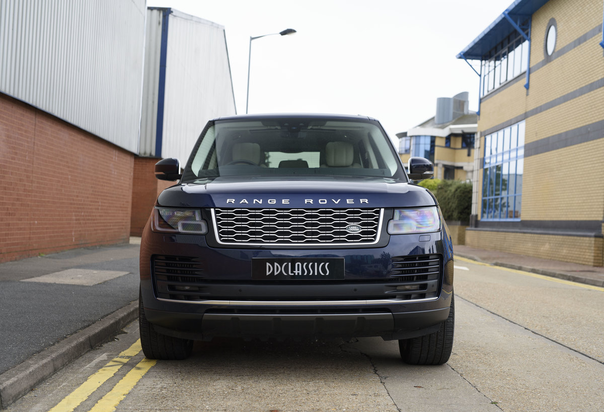 2018 Range Rover Vogue SE SDV8 4.4l (RHD) For Sale (picture 7 of 24)