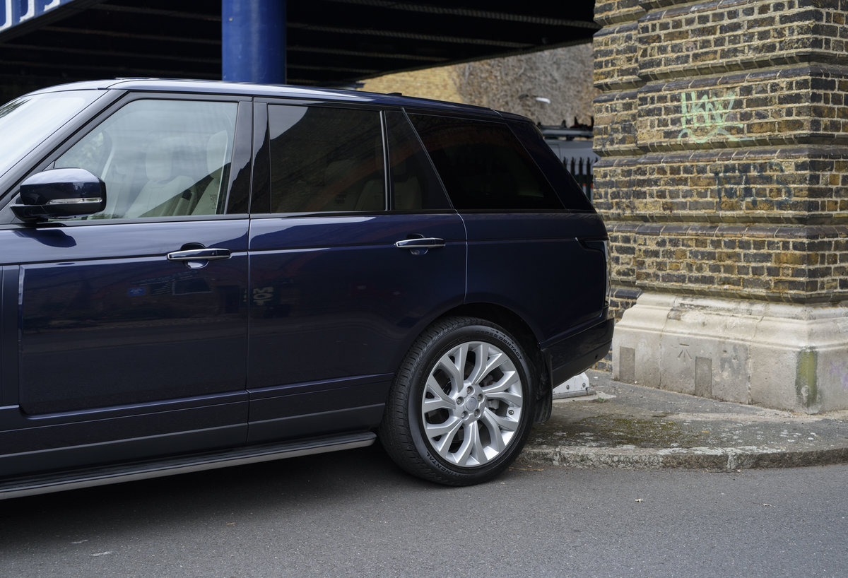 2018 Range Rover Vogue SE SDV8 4.4l (RHD) For Sale (picture 10 of 24)